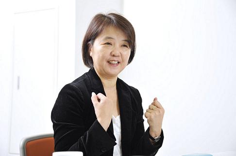 島川 久美子